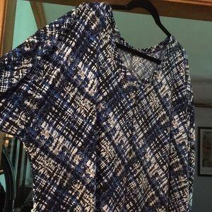 Dress Barn Women's Plus size 3x blouse.